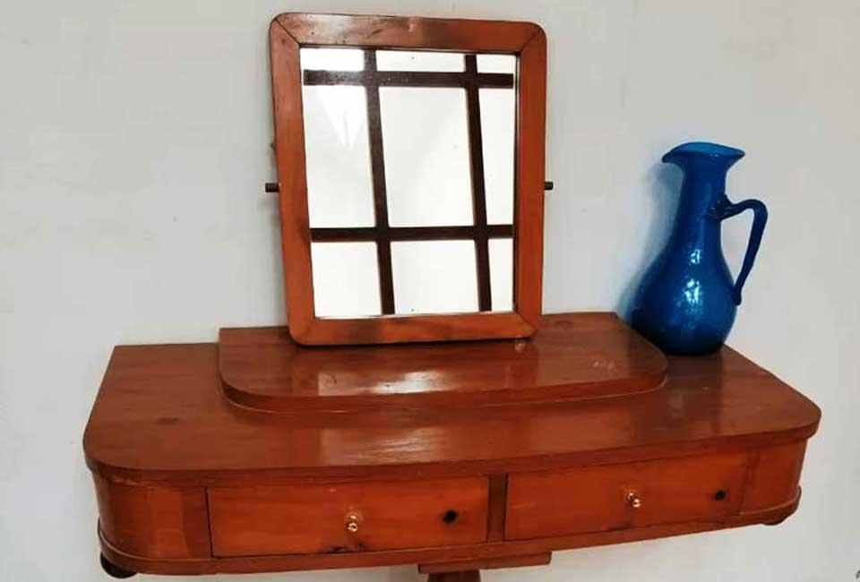 Tripod Dressing Table
